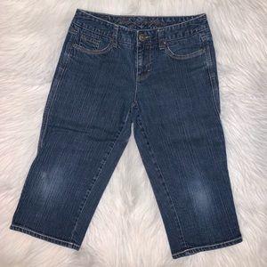 Tommy Hilfiger women size 2 knee knockers C